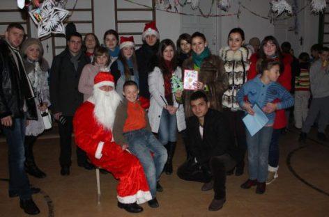 """""""Student bun de Crăciun"""", la Universitatea din București"""