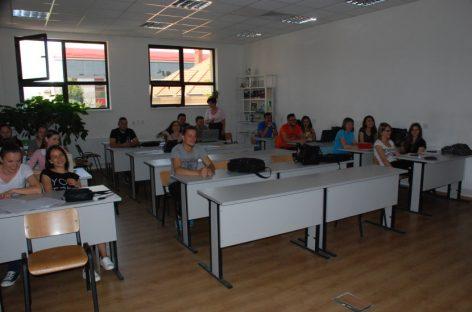 Cursuri de pregătire gratuită pentru Bacalaureat, la română