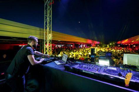 Spectacol de muzică electronică, pe acoperiş
