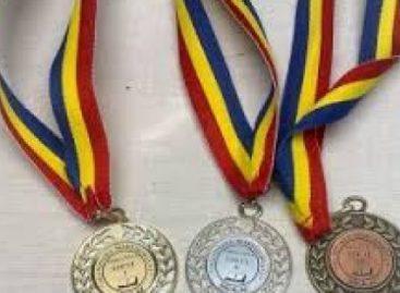 Calendarul olimpiadelor. La câte concursuri internaţionale participă elevii români în 2019
