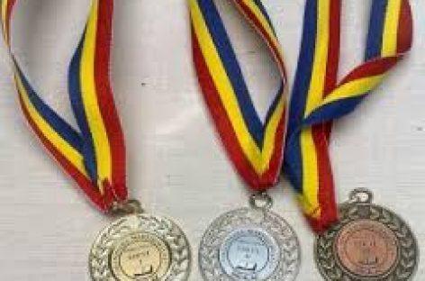 Patru medalii la Balcaniada de Informatică