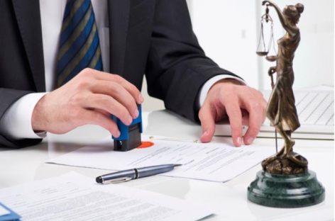 Notarii, obligaţi să autentifice declaraţiile privind donarea post-mortem