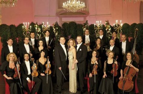 Cadou de Crăciun din partea Schoenbrunn Palace Orchestra din Vienna