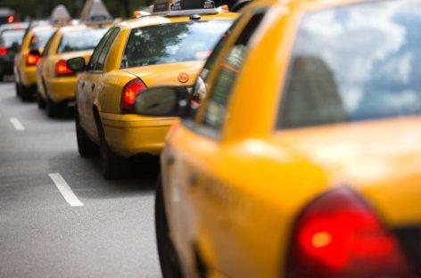 Primăria Capitalei îşi face propria companie de taximetrie
