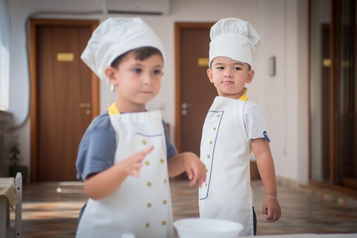 Metode de predare în stilul Montessori, și pentru copii defavorizați din sectorul 6